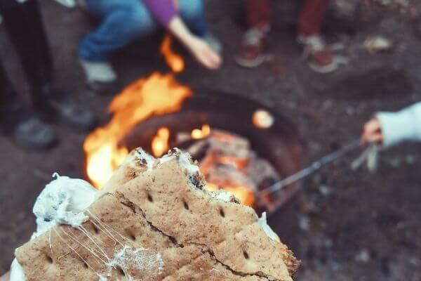 Family Date Night Ideas   Backyard Camping