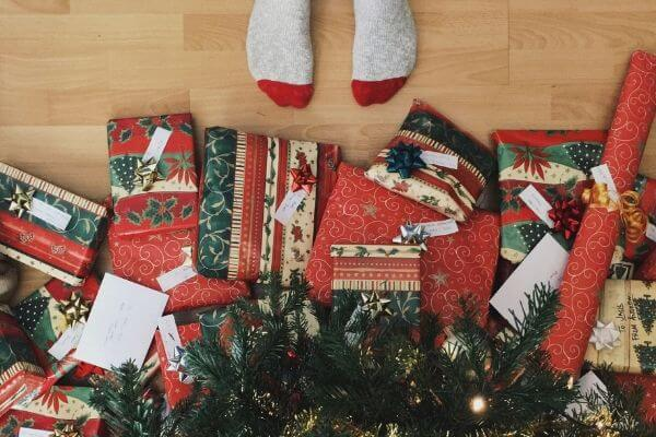 Fun Christmas Ideas | 7 Fun Family Christmas Morning Traditions To Start This Year
