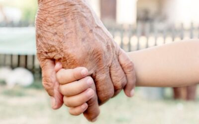 55+ BEST Grandparents Quotes About Grandmas & Grandpas